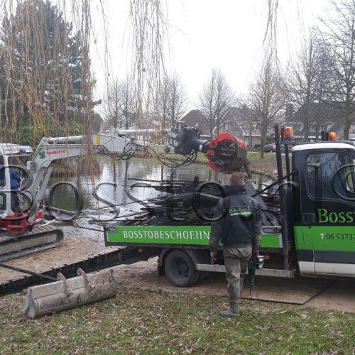 Beschoeiing-Laten-Plaatsen-Bosstowal-Beschoeiingen-Heerenveen (31)